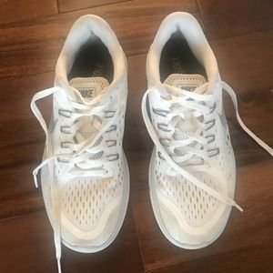 Nike Gym Shoes Size 8 Good Condition!